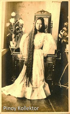 Pinoy with a heart of a collector Philippines Fashion, Philippines Culture, Manila Philippines, Old Photos, Vintage Photos, Filipiniana Dress, Filipino Fashion, Filipino Culture, Filipina Beauty
