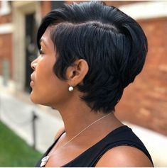 Buy this high quality wigs for black women lace front wigs human hair wigs african american wigs the same as the hairstyles in picture Bob Hairstyles, Straight Hairstyles, Simple Hairstyles, Curly Hair Styles, Natural Hair Styles, Pelo Afro, Sassy Hair, My Hairstyle, Hairstyle Ideas