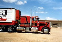 Peterbilt Log Trucks | axle set up as a log truck this truck is a four axle truck with a ...