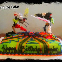 Bionicle  cake  -TwentyOne Cakes