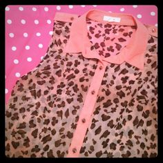 Leopard tank Leopard tank with coral accents. Super cute and only worn once! Perfect condition. High low look! E&M Tops Tank Tops