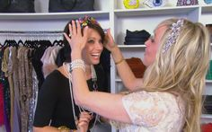 RHOV Jody Uncut - Join business woman and Real Housewives of Vancouver, Jody at her store where she talks business and backstabbing. #ETCanada http://www.globaltv.com/etcanada/video/etc+uncut/rhov++jody+uncut/video.html?v=2218590012=5=dd#etcanada/video