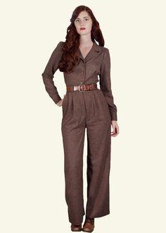 1940'er / 1950'er inspireret buksedragt i brun fra Emmy Design