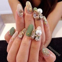 . . Nails by me @kiyocomiyaji @kiyocomiyaji . . I really appreciate you guys who love my nail charms :) . This nail charms is available at @daily_charme @daily_charme @daily_charme :) Please check out @daily_charme website !!!!! . . #women #fashion #nails #gems #fashionable #nailbijou #bijou #nailcharms #jewelry #naildesign #California #America #mode #model #vogue #LA #beverlyhills #nailjewelry #nailglam #voguemagazine #diamond #art #cosmetic #ring #zirconia #design #designer #ネイル #ビジュ…