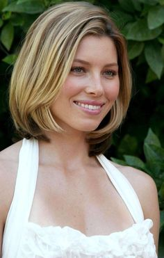 Jessica Biel Shoulder Length Bob Hairstyles 2013