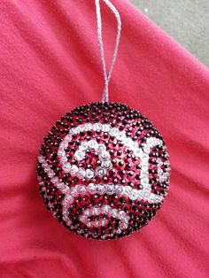 Gorgeous Handmade Sequin Ball Ornament by JMehargDesigns on Etsy, $25.00 Sequin Ornaments, Beaded Christmas Ornaments, Christmas Balls, Homemade Christmas, Christmas Diy, Sequin Crafts, Bijoux Fil Aluminium, Christmas Gifts For Friends, How To Make Ornaments