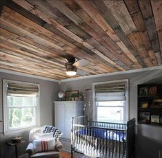 Ceiling finished with wood pallets. #basementceilingideas
