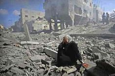 Picture credit: A woman is overcome and weeps at the destruction of her neighbourhood in Gaza courtesy Cintayati Posted in an article by Jane Duncan, 4 August 2014