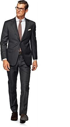 Suitsupply Suits: Soft-shoulders, great construction with a slim fit—our tailored, washed and formal suits are ideal for any situation. Charcoal Gray Suit, Dark Gray Suit, Dark Grey, Suit Supply, Formal Suits, Fitted Suit, Men Looks, Mens Suits, Fitness Fashion