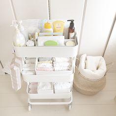 Carro de cocina raskog de Ikea y sus múltiples usos. Baby Bedroom, Baby Boy Rooms, Baby Room Decor, Baby Boy Nurseries, Ikea Baby Nursery, Nursery Room, Ikea Baby Room, Kids Rooms, Baby Room Storage
