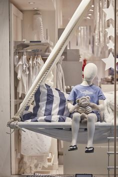 Lucky Fox - UK visual merchandising for The Little White Company - tepee concept. Shop Interior Design, Retail Design, Clothing Store Interior, Childrens Shop, Little White Company, Store Windows, Visual Merchandising, Bean Bag Chair, Display Window