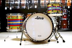 Ludwig Classic Maple 3pc Salesman Sample Drum SetCreated in the '50s and '60s for traveling road reps and re-imagined by Black Keys' drummer Patrick Carney, the Salesman kit reflects the classic styling of the original with modern sonic thunder. Purchase Here: http://www.drumcenternh.com/ludwig-classic-maple-3pc-salesman-sample-drum-set.html