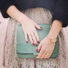 Buenos dias!! Detalles del Look de hoy!! Feliz miércoles!! Good morning!! Details of the look!! !! http://www.theprincessinblack.com #fashionblog #lookoftheday #lookbook #outfit #itgirl #toppic #instagrampic #bestpic #streetstyle #beauty #happy #followme #havefun #instagramlikes #blogger #blog #blogmoda #glamour