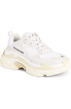 hot sale online e2ecd 1e7f1 Product Image 0 Nike Huarache, Chaussures Des Créateurs, Balenciaga,  Nordstrom, Baskets Nike