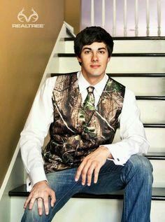 Camo vest and tie