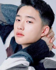 O reportedly will enlist in the military as active duty soldier on __________________________________ . exo do kyungsoo dokyungsoo exol weareone Kim Joon, Kim Min Seok, Baekhyun Chanyeol, Park Chanyeol, K Pop, Exo Music, Kris Exo, Exo Lockscreen, Chansoo