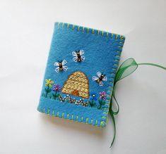 Wool Felt Needle Book, Sewing Needle Case, Embroidered Flower Needle Book, Felt Needle Holder, Beaded Needle Case, Felt Sewing Kit
