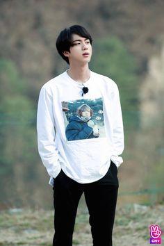 Mds Seokjin assim vc me mata ksksk❤ Bts Jin, Jimin, Jin Kim, Bts Bangtan Boy, Seokjin, Kim Namjoon, Kim Taehyung, Asian Music Awards, Billboard Music Awards