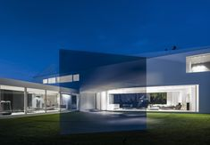 Investors wanted a simple, sunny and relaxing home, somehow reacting to the movement of the sun. Poland, Sky, Mansions, Architecture, House Styles, Photography, Home Decor, Heaven, Arquitetura