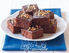 Perník (www.albert.cz/recepty) Krispie Treats, Rice Krispies, Sponge Cake, Baking, Sweet, Food Ideas, Candy, Biscuit Cake, Bakken