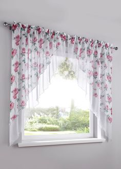 Záclona na malé okno Mona ks), bpc living – Furniture and Door Decoration Small Window Curtains, Home Curtains, Modern Curtains, Small Windows, Valance Curtains, Diy Home Crafts, Diy Home Decor, Room Decor, Curtain Patterns