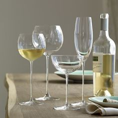 Long Stem Wine Glasses, Red Wine Glasses, Champagne Glasses, Wedding Glasses, Sparkling Drinks, Champaign Cocktails, Wine Deals, Expensive Wine, Puzzle