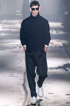 See the complete Ami Fall 2015 Menswear collection.