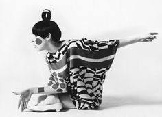 Peggy Moffitt in Rudi Gernreich's kite dress (photo by William Claxton)