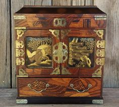 Antique-Japanese-Lacquer-Tansu-Cabinet-Jewelry-Box-Chest-Vintage