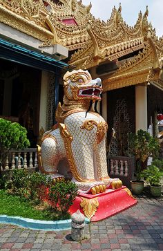Buddhist temple with Thai influence Penang, Malaysia