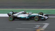"""Der neue Mercedes """"W08"""" - mit diesem Silberpfeil werden Lewis Hamilton und Valtteri Bottas an den Start gehen!"""