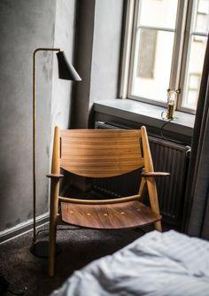 Miller floor lamp by Niclas Hoflin for Rubn.