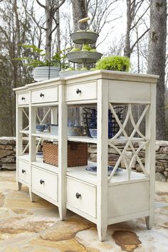 Trisha Yearwood Dining Room Monticello Dining Room Curio | Trisha ...