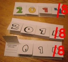 Voeux 2018 Art And Craft, Activities For Kids, Place Cards, Creations, Place Card Holders, Nouvel An, Afin, Club, School