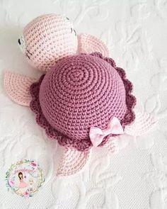 Mesmerizing Crochet an Amigurumi Rabbit Ideas. Lovely Crochet an Amigurumi Rabbit Ideas. Love Crochet, Diy Crochet, Crochet Crafts, Crochet Projects, Crochet Patterns Amigurumi, Amigurumi Doll, Crochet Dolls, Knitting Patterns, Doily Patterns