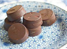 Flash in the Pan: So Easy Orange-Goji Chocolates