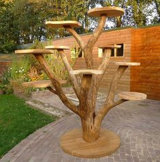 Diy cat Ideas - Diy Cat Toy and Diy Cat Tree and Diy Cat house - It& time for you to diy cat toys in order to have some cat fun. We hope that this diy cat wil - Outdoor Cat Tree, Cat House Outdoor, Outdoor Cat Shelter, Outdoor Cat Enclosure, Diy Jouet Pour Chat, Diy Cat Tree, Cat Towers, Cat Playground, Cat Room