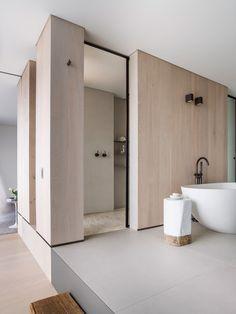 Cute Minimalist Bathroom Design Ideas For Your Inspiration Gorgeous Cute Minimalist Bathroom Design Ideas For Your Inspiration.Gorgeous Cute Minimalist Bathroom Design Ideas For Your Inspiration. Minimalist Bathroom Design, Bathroom Interior Design, Home Interior, Modern Bathroom, Bathroom Taps, Small Bathroom, Master Bathroom, Concrete Bathroom, White Bathrooms