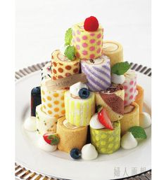 cute roll cake tower - can be done with Pink Wasabi's Kashi Maki