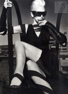 so noir-futur it's almost painful. Steven Klein, Kylie Bax, Vogue Italia May 2010.