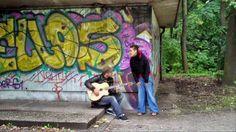 Zaz - Je Veux «Πάμε να τραγουδήσουμε στους δρόμους;» Στίχοι, προφορά, μετάφραση για το γαλλικό τραγούδι Je Veux της Ζαζ.