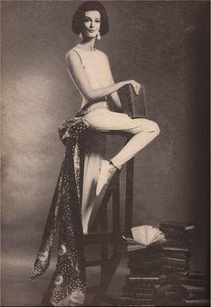 Carmen Dell'Orifice in Perfect Lillian Bassman