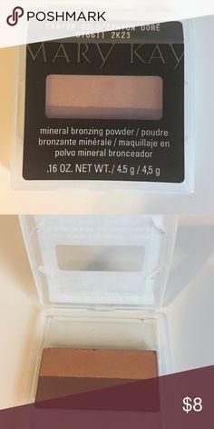 • Mineral Bronze Powder • Mary Kay 'Canyon Gold' Mineral Bronzing Powder Mary Kay Makeup Bronzer
