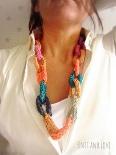 Knit and Love Maxi Collar, T Shirt Yarn, Bracelets, Necklaces, Crochet Projects, Jewelery, Crochet Necklace, Handmade Jewelry, Chokers