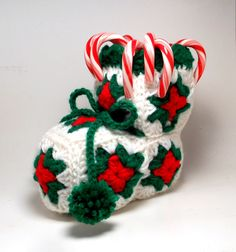 crocheted candy stocking - My Grandma used tomake these with a coffee can inside to hold the shape.