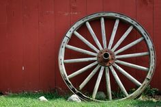 Rustic Antique Wagon Wheels | Displaying 16> Images For - Old Wagon Wheel...