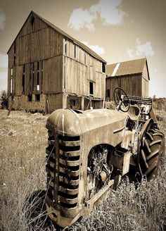 Barn & Old Tractor