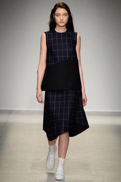 Jacquemus| Fall 2014 Ready-to-Wear #ParisFashionWeek2014 #PFWfall2014