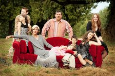 large family photo ideas | SASSE FAMILY Large Family Photography Poses