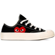 Comme Des Garçons Play Comme Des Garçon Play x Converse 'Chuck Taylor... (1.160 DKK) ❤ liked on Polyvore featuring shoes, sneakers, black, lacing sneakers, cotton shoes, laced up shoes, kohl shoes and lace up sneakers